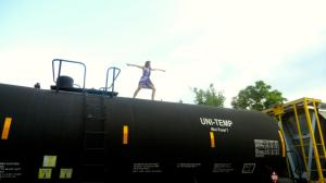 Casual train yoga!